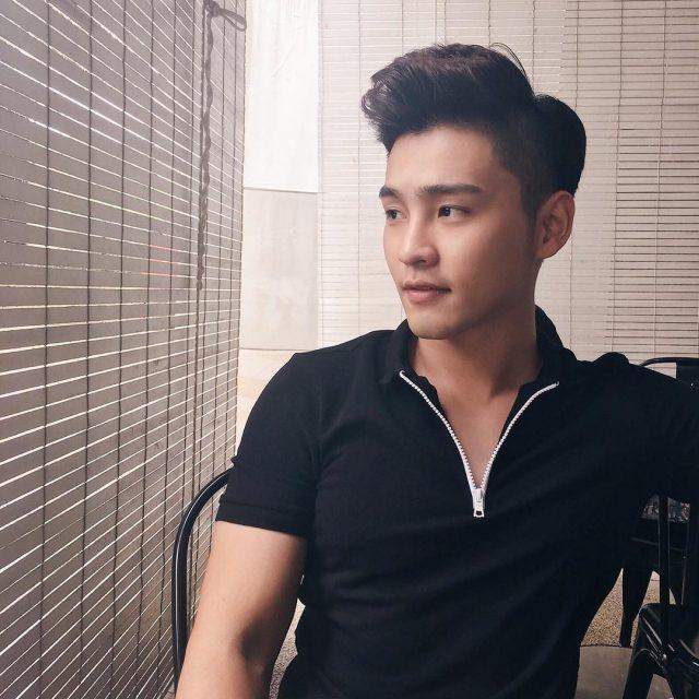 Alvin Chong ( Vocalist / Solo Singer )