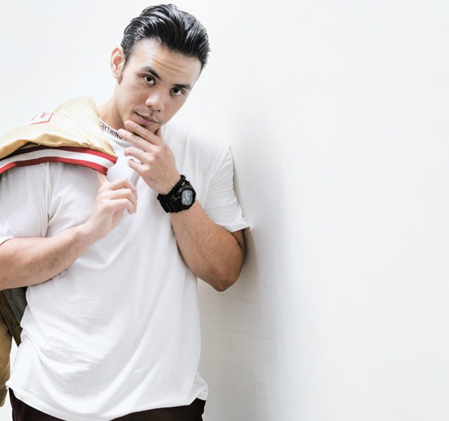 Eros Tjokro – Singer