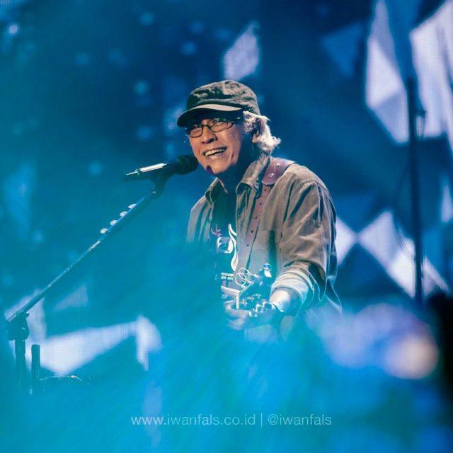 Iwan Fals – Singer