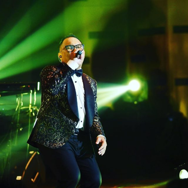 Badai – Singer