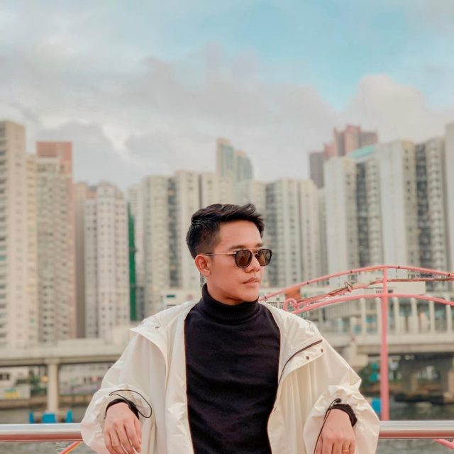 Arief Fernando – Singer
